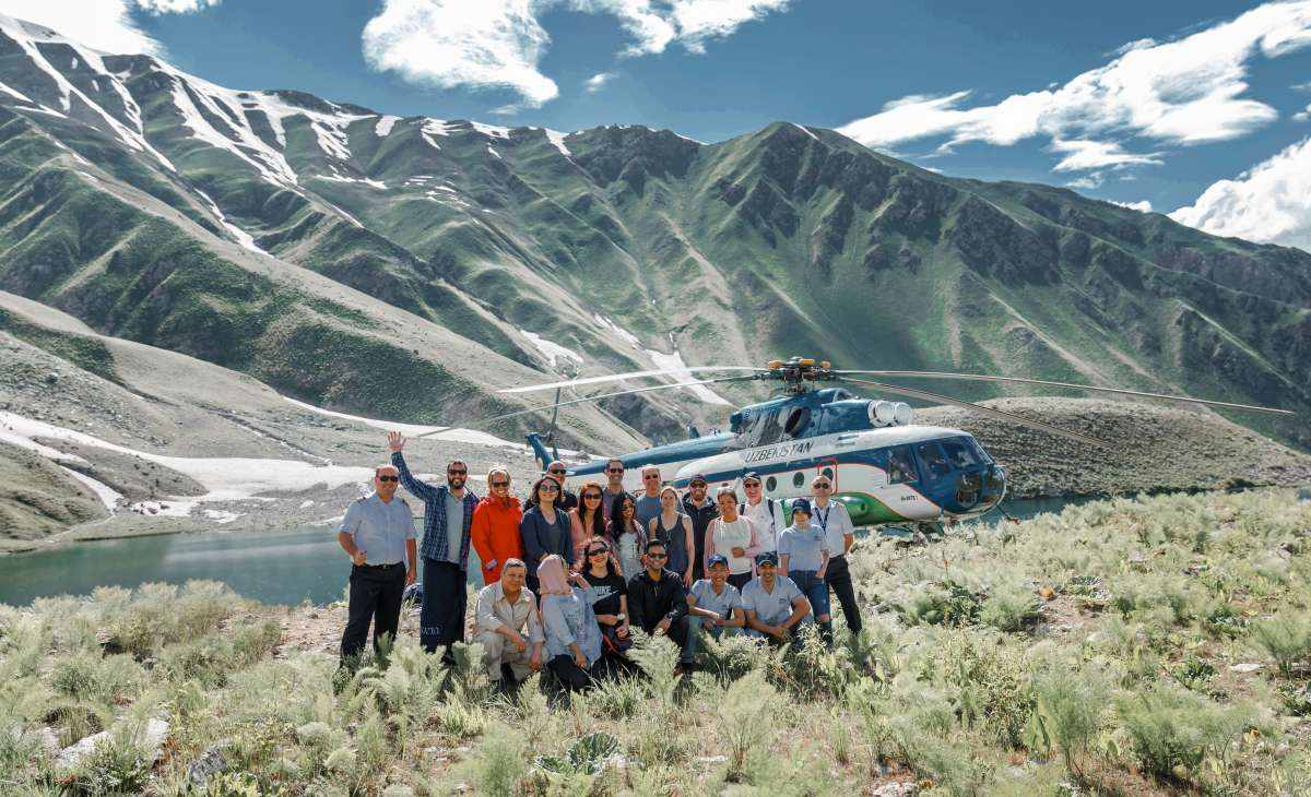 Helicopter Tour to Ikhnachkul Lakes